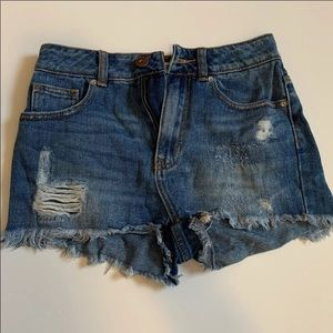 dark wash denim jean shorts